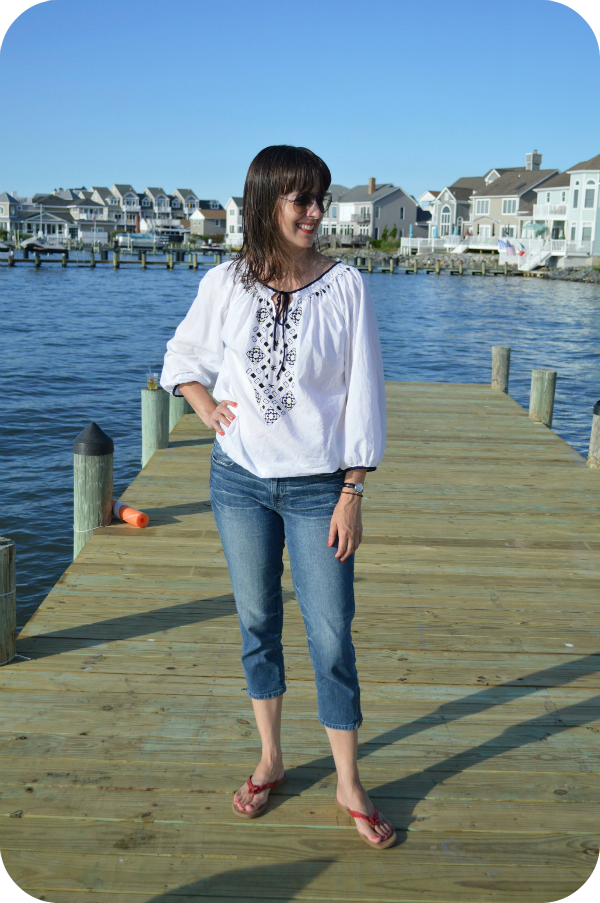 Working Mom Beach Weekend Casual Outfit With Denim Capris Peasant Blouse Red Sandals