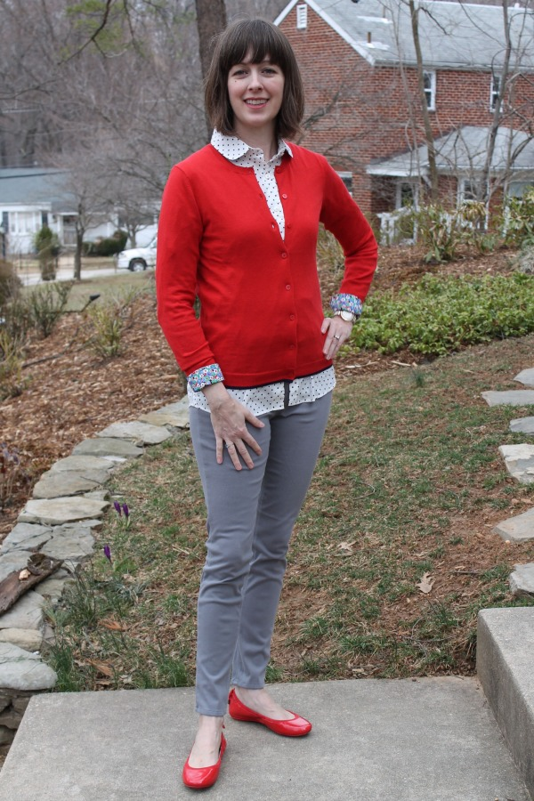 Weekend chic outfit idea: Polka dot collared shirt + red cardigan + grey knit pants